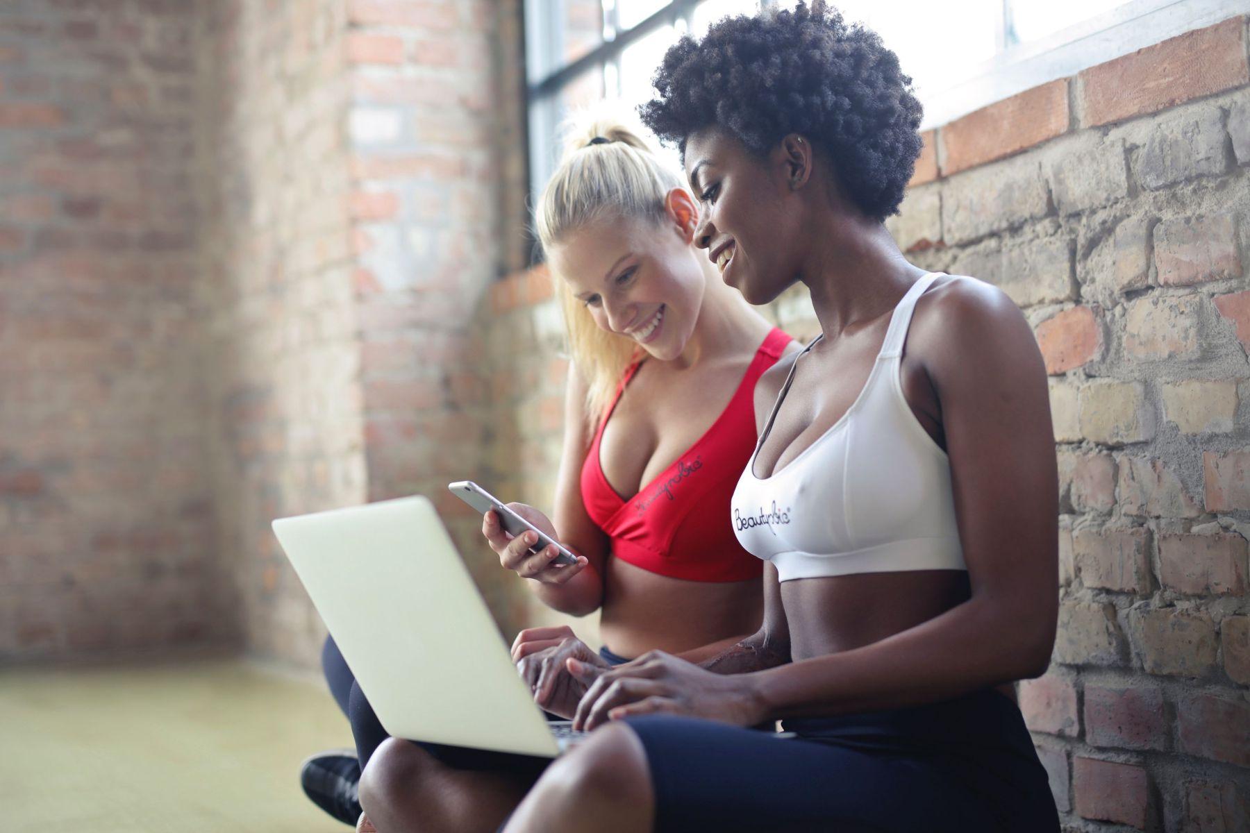 Napój izotoniczny – nie tylko na siłownię
