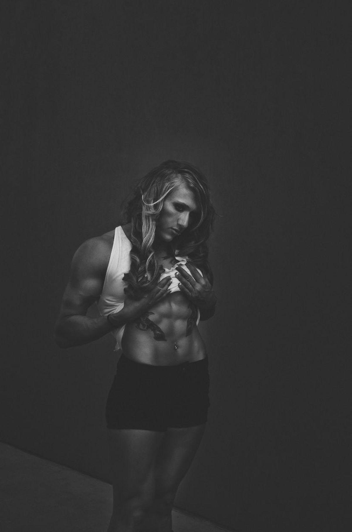 Ćwiczyć na siłowni czy poza nią?